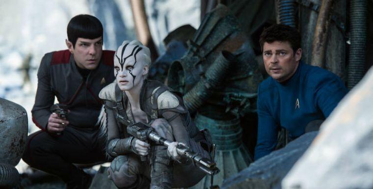 star-trek-beyond-jaylah-mccoy-spock