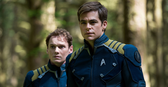 star-trek-beyond-kirk-chekov